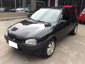 Corsa Hatch Super 2000 Preto
