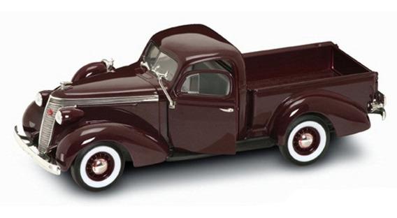 1937 Studebaker Coupe Express Pickup Bordo - 1:18 - Yat Ming