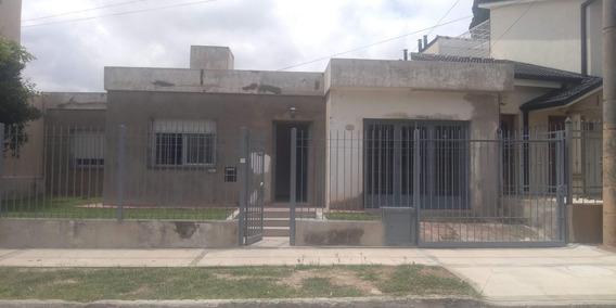 Oportunidad Casa En Barrio Colina De Velez Sarfield 18.000$