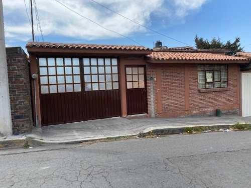 Casa En Renta En El Centro De Almoloya De Juárez