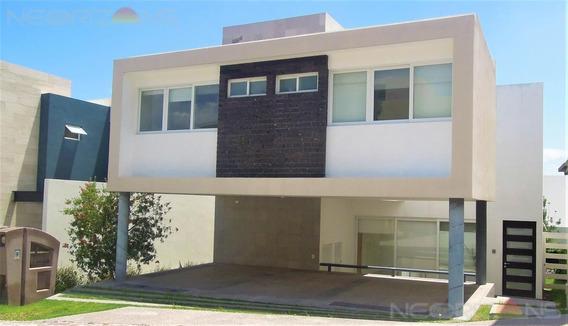 Moderna Casa En Renta En Fracc. Sierra Azul | Desarrollo Del Pedregal Slp