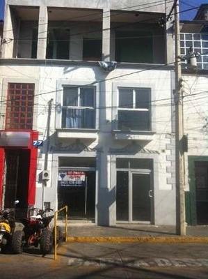 Edificio En Zona Centro - Valle De Santiago.
