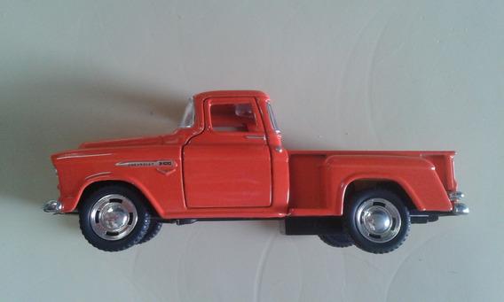 Brinquedo - Pick - Chevy 3100 - 1955 - 1:32 - Unica Nova.
