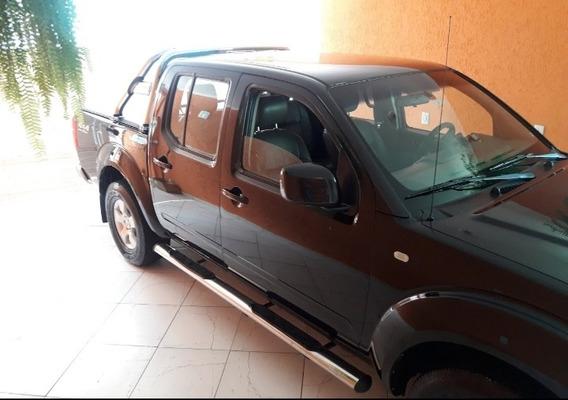 Nissan Frontier 2.5 Se Cab. Dupla 4x4 4p 2010