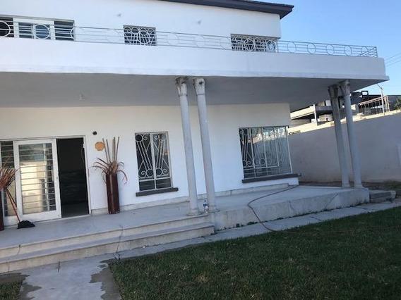 Renta De Consultorios En Chepevera, Monterrey