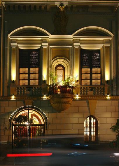 Hermoso Petit Hotel Estilo Franco-italiano De Finales Del Siglo Xix En Balvanera