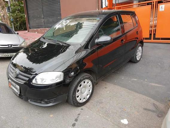 Volkswagen Fox 2009 1.0 Plus Total Flex 5p