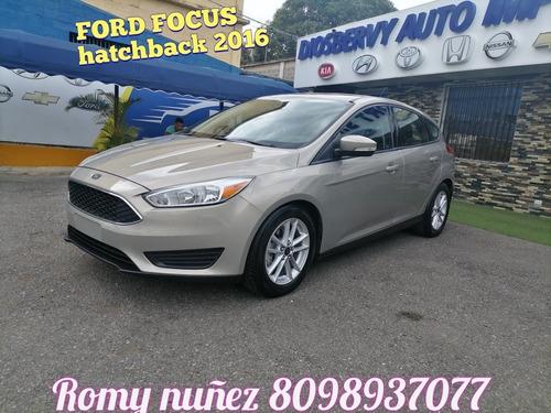 Ford Focus Hatchback 2016