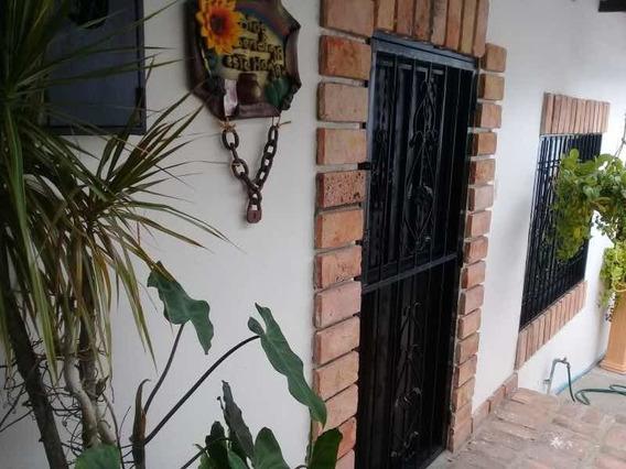 Casa En Alquiler En Altos De Paramillo Palo Gordo