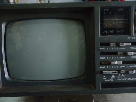 Tv Portatil 7 Pol P&b Com Rádio Am Fm