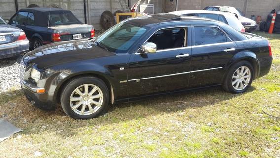 Chrysler 300 C Hemi V8
