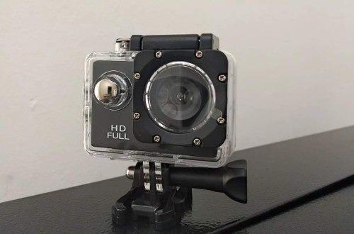 Câmera Esportiva Hd Mt1081 720p 12mp Com Acessorios- Tomate