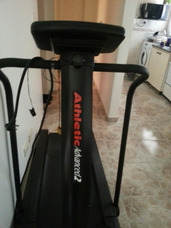 Corredora Electrica Athletic Advance 2 Tiene Rota Una Placa
