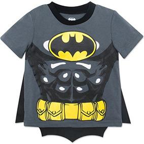 9f9c5635d La Camiseta De Los Muchachos Del Niño De Batman Con El Cabo