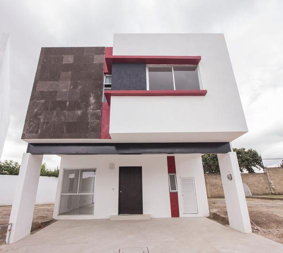 Se Renta Casa En Zona Residencial Zapopan