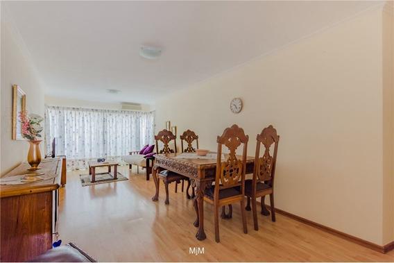 Pocitos, Apartamento Equipado Full C/ Muebles, Gge
