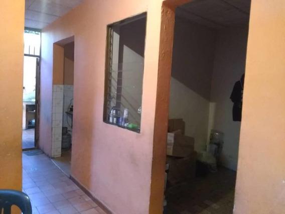 Casa En Venta Barquisimeto Centro 20-4881 Mf