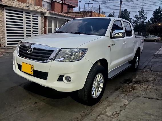 Toyota Hilux Doble Cabina 2.5 4x4 Fe