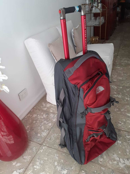 Carry On North Face X-trem 23 Kg. 70x25x40. Palermo