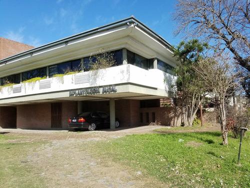 Clinica Odontogica (medica U Oficinas),rup.godoy Y Costanera