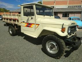 Toyota Bandeirantes - 1986 - 4x4 Carroceria