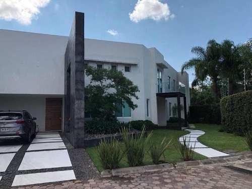 Casa En Lomas Del Valle Coto De 5 Casas