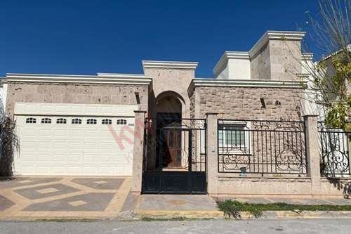 Casa En Renta, De 1 Piso, Residencial Los Fresnos, Torreón, Coahuila