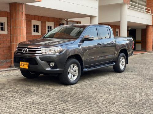 Toyota Hilux Srv 2.8l Turbo Diésel