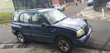 Suzuki Vitara, 2,000cc, 2001, Urge Vender Por Espacio.