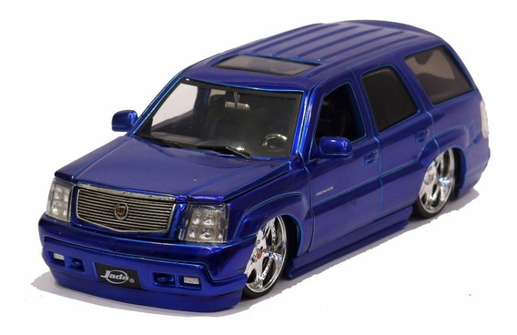 Miniatura Cadillac Escalade 2002 Custom Azul Jada 1/24