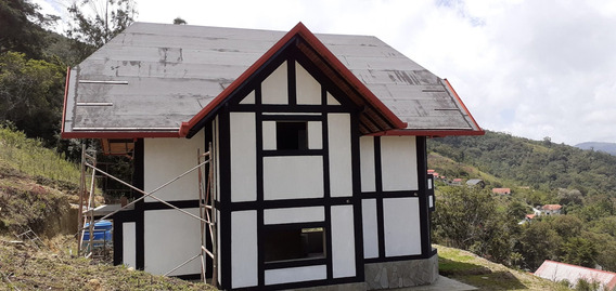Venta De Casa En La Colonia Tovar Yc 04242319504