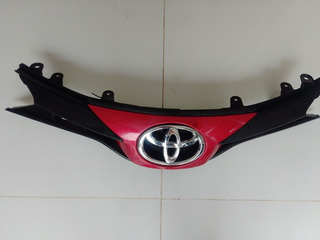 Parrilla Toyota Yaris 2018-2019 Original (con Detalle)