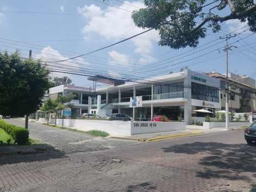 Local En Renta Plaza San Jorge