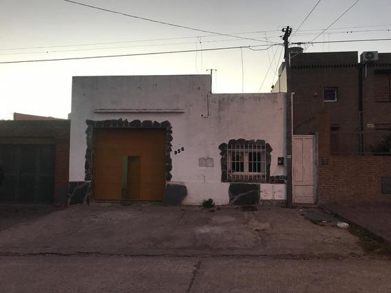 Mancisidor Propiedades Vende: Depósito - Local Comercial - Barrio La Falda - 100 Mts