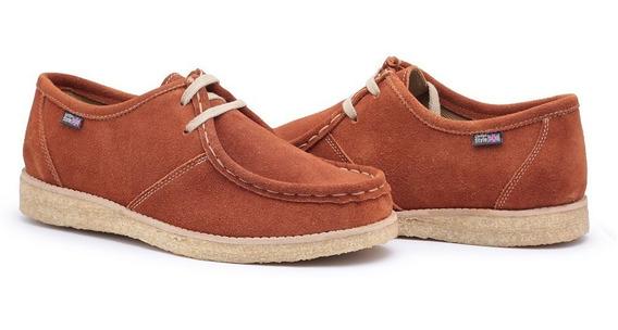 Calçado Estilo Vintage Com Solado Crepe De Camurça Cacareco