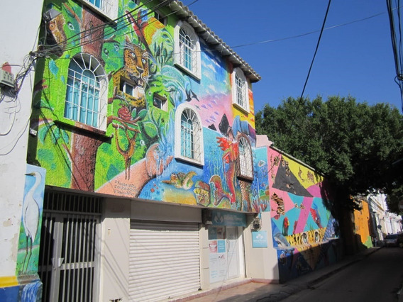 Vendo Edificio Hostal Santa Marta