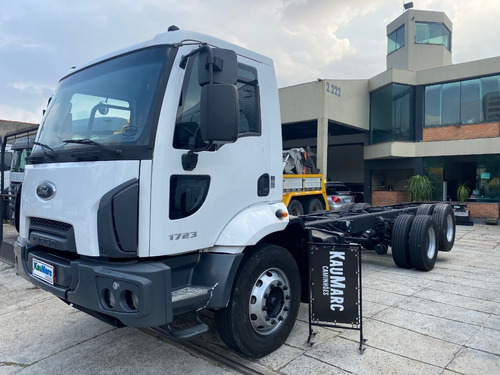Ford Cargo 1723 Truck 2013 Chassis 8,50 Mts/ Financia 100%