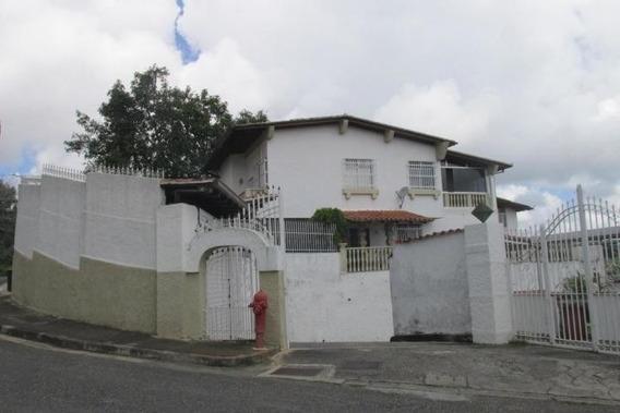 Casa En Venta En El Hatillo Cod.20-2511