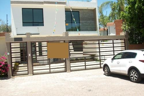 Casa En Venta Bugambilias Zapopan $ 8´100,000.00