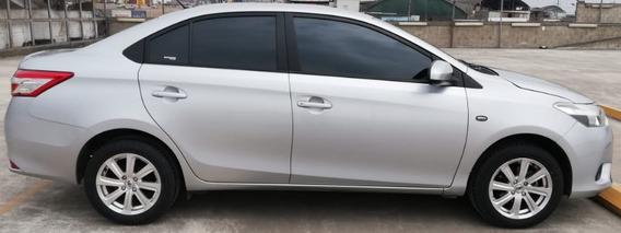 Toyota Yaris 2016 En Excelente Estado