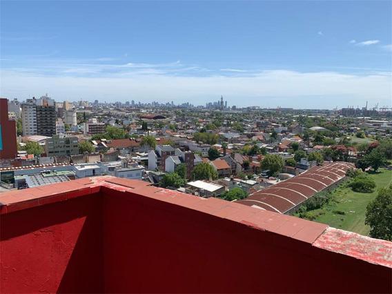 2 Ambientes Sobre Av. Mitre Con Balcon Al Rio 36 M2