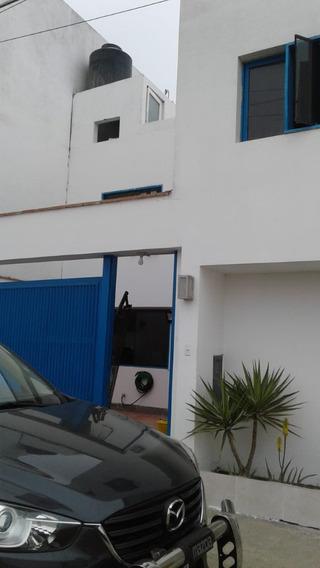 Casa De De Playa
