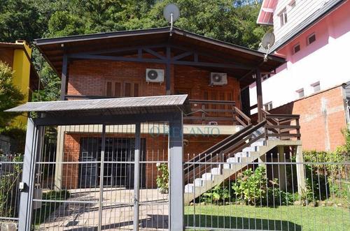 Casa Com 2 Dormitórios À Venda, 170 M² Por R$ 1.696.000,00 - Centro - Gramado/rs - Ca0143