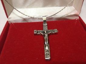 Colar Mais Pingente Crucifixo Foleado Prata 25 Cm