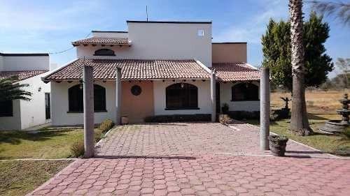Hermosa Residencia Tipo Mexicano En Venta