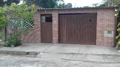 Casa No Jardim Baixio, Em Itanhaém, Litoral Sul De São Paulo