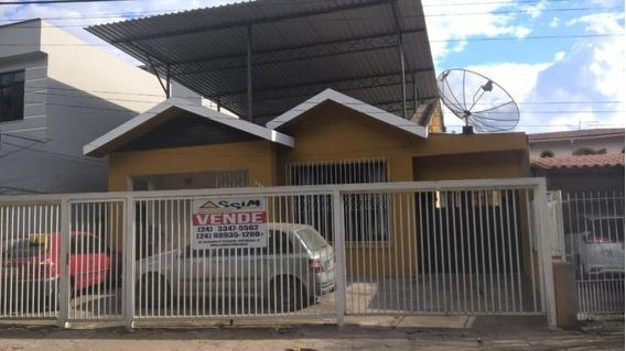 Casa Para Venda Em Volta Redonda, Vila Sta Cecília, 4 Dormitórios, 1 Suíte, 3 Banheiros, 4 Vagas - C219
