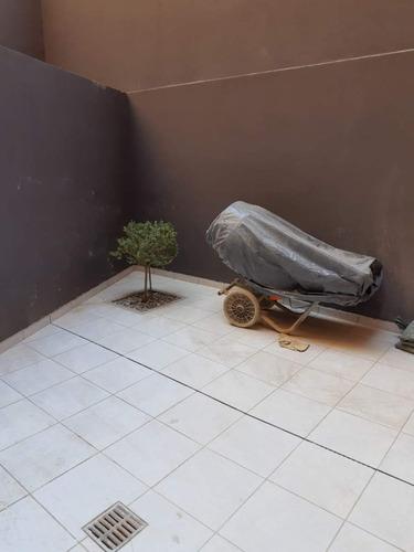 Nueva Cba Departamento De 1/2 Dormitorio En Venta Pb Con Patio A Mts Del Buen Pastor