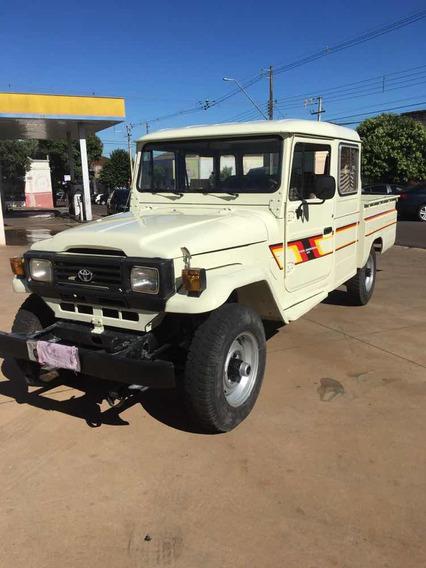 Toyota Bandeirante 1990