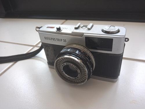 Antiga Camera - Olympus Trip 35